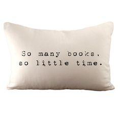 So viele Bücher So wenig Zeit Kissen Sie12 x von sarahsmiledesign, $35.00