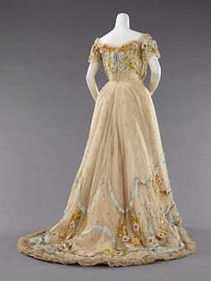 Ball gown by Jacques Doucet, silk and metal, c. 1902, French.