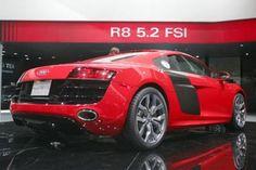 Audi R8 V10- 196mph