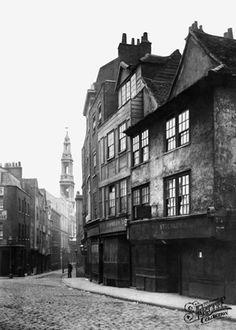Old photo of Drury Lane 1870, London