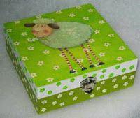 ABruxinhaCoisasGirasdaCarmita: Caixa para por as coisas da Gui-Gui (bijuterias)