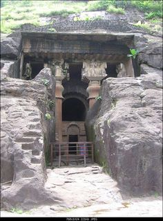 Bedse Caves. Pune 89