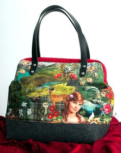 Shops, Carpet Bag, Gym Bag, Etsy, Vintage, Bags, Fashion, Frame, Handmade