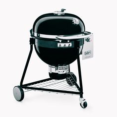 Weber is renowned for their charcoal grills and this big, expensive charcoal grill takes their design to a whole new level. As a Kamado style grill, the question is, how does it compete. Diy Grill, Barbecue Grill, Grilling, Camping Grill, Infrared Grills, Best Charcoal Grill, Grill Table, Kamado Grill, Built In Grill