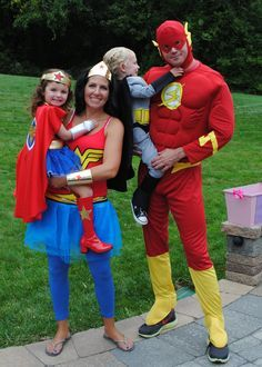 Superhero costumes - The family that saves together stays together! Check out more options for Halloween Costumes in Singapore. Superhero Family Costumes, Superhero Dress Up, Diy Superhero Costume, Batman Costumes, Hallowen Costume, Family Halloween Costumes, Cute Costumes, Super Hero Costumes, Halloween Kostüm