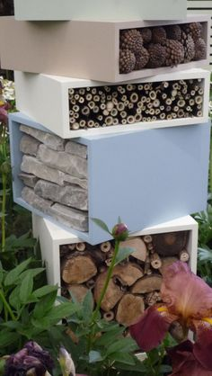 Andrew Fisher Tomlin Contemporary insect hotel RHS Chelsea Flower Show and… Bug Hotel, Garden Insects, Garden Animals, Insect Box, Ladybug House, Water Wise Landscaping, Home Garden Design, Garden Homes, Gardens