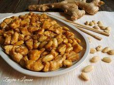 Il pollo alle mandorle è un secondo piatto tipico della cucina cinese e ormai molto noto e apprezzato anche in Italia. È facile da preparare e appetitoso.