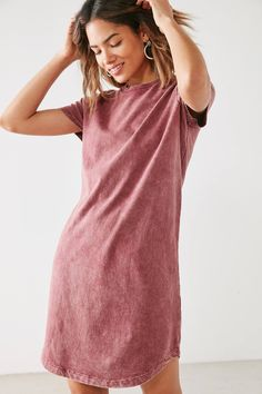 Slide View: 1: BDG Morisette T-Shirt Dress