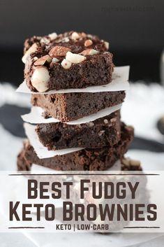 Best Fudgy Keto Brownies - Keto Brownies - Ideas of Keto Brownies Keto Desserts, Dessert Recipes, Keto Snacks, Chips Ahoy, Keto Cake, Keto Brownies, Keto Fudge, Cream Cheeses, Keto Foods