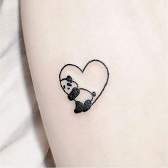 Kleines Herz Tattoo Design – Nettes Herz mit Panda Tiny Heart Tattoo Design – Cute Heart with Panda Small Heart Tattoos, Heart Tattoo Designs, Tattoo Designs For Women, Tattoos For Women Small, Tattoo Designs For Wrist, Henna Tattoo Designs Simple, Heart Designs, Cute Designs, Mini Tattoos