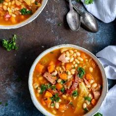 What's the difference between the a slow cooker and a crock pot? That's why this list of slow cooker and crockpot meals prove t Quick Ground Beef Recipes, Healthy Crockpot Recipes, Whole 30 Recipes, Soup Recipes, Paleo Recipes, Curry Recipes, Free Recipes, Slow Cooker Hamburger Soup, Healthy Hamburger