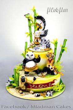 A place for people who love cake decorating. Panda Birthday Party, 5th Birthday Cake, Panda Party, Kung Fu Panda Cake, Panda Cakes, Panda Food, Bolo Panda, Film Cake, Cupcakes Decorados