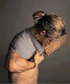 ♡ Chris Hemsworth - the perfect Griffin Chris Hemsworth Thor, Hemsworth Brothers, Johny Depp, Ginger Men, Ginger Beard, Z Cam, Man Bun, Celebrity Crush, Celebrity Guys