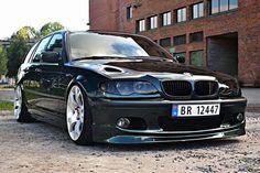 BMW E46 3 series black Touring