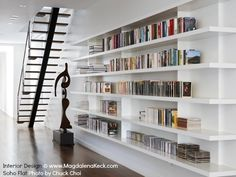 love this bookcase, bit wasted here as hardly any books....I need at least two