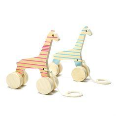 Wundervolle Nachziehtiere aus Holz in Italien gefertigt. Design Spielzeug von der schönsten Seite.