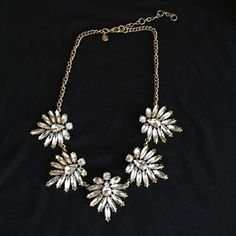 Jcrew Beautiful stament piece, from jcrew, looks awesome with a sweater in the fall is dress in the summer J. Crew Jewelry Necklaces