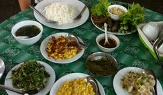 Myanmar's cuisine is unique because it blends flavors from three countries – India, China and Thailand. This leads the dishes to consist of noodles, sea food, gravy and yes spicy and flavorful. What better place to savor the cuisine in Yangon as there are plenty of restaurants and roadside stalls to savor some dishes like Mohinga, noodles, meat on skewers as well as some sumptuous curries.