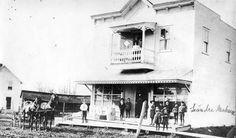 Collection Prescott-Russell en numérique: Le magasin de Léandre Maheu. Dans les années 1900.