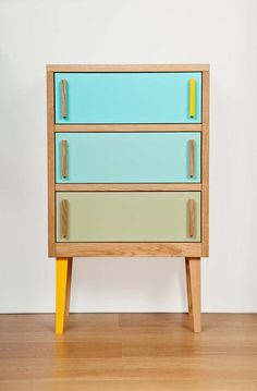 Ombre Chest / Stuart Melrose