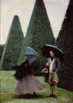 Ralph Lauren A/W The Sunday Times Magazine, Carrie Branovan. But the trees look great. Fashion Shoot, Editorial Fashion, Style Anglais, Pose, Umbrellas Parasols, Under My Umbrella, Formal Gardens, Time Magazine, House In The Woods