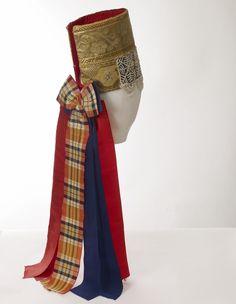 """Traditional Finnish Girls Headdress;  """"pinteli"""" - interesting idea for a wedding veil with a tartan dress"""