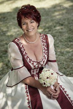 Magyaros menyasszonyi ruha - bordó / fehér Victorian, Dresses, Fashion, Moda, Vestidos, Fashion Styles, Dress, Dressers, Fashion Illustrations