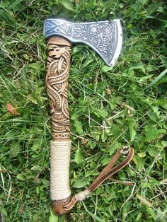 The Viking axe must be among few symbols that can honor the long gone tradition of the Vikings. Because of the close connection with the Vikings, the Viking axe carries within itself the Viking traditional culture. Viking Sword, Viking Axe, Viking Dragon, Viking Ship, Vikings, Throwing Axe, Hand Axe, Axe Handle, Battle Axe