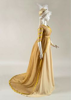 Regency Dress, Regency Era, Rose Gown, 18th Century Fashion, Silk Taffeta, Empire Style, Ball Dresses, Fashion History, Vintage Dresses
