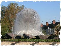 Dandelion Fountain Nuneaton, USA