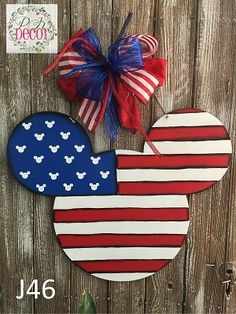mouse crafts Hand Painted Red White Blue Patriotic Mickey Mouse Fourth Of July Wall Decor Mickey Craft, Mickey Mouse Wreath, Mickey Mouse Crafts, Disney Wreath, Disney Christmas Decorations, Disney Home Decor, Fourth Of July Decor, 4th Of July Decorations, July Crafts
