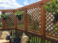 DIY Outdoor Privacy Screen Ideas It's good to have a beautiful backyard where you can have a quality time with your family & friends. Check out these DIY outdoor privacy screen ideas. Backyard Privacy Screen, Outdoor Privacy, Outdoor Balcony, Backyard Pergola, Pergola Kits, Privacy Ideas For Deck, Patio Ideas, Privacy Deck Walls, Deck Trellis Ideas