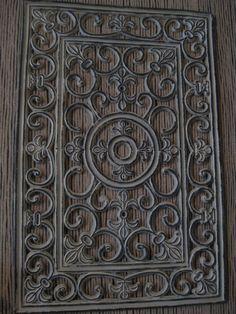 wat je met een deurmat kunt doen . & Rubber Door Mat Wall Art DIY looks like cast iron but a lot ...