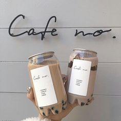 Coffee Love, Iced Coffee, Coffee Drinks, Coffee Milk, Coffee Beans, Coffee To Go, Coffee Set, Aesthetic Coffee, Aesthetic Food