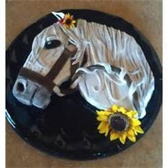 For This Horse Cake I Used A 16 X 3 Round Pan Vanilla picture 4290