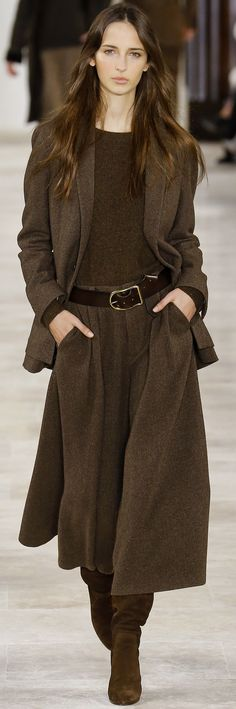 INSPIRATION & TAKE-AWAY: Ralph Lauren Fall 2016. The take-away is, an all-over tonal column of brown. All pieces are in the same tonal strength of brown with design interest being textures.