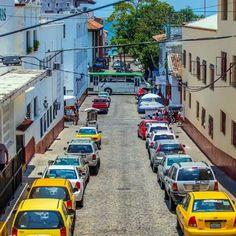 Bienvenidos a Welcome to Puerto Puerto Vallarta, Destin Beach, Beautiful Beaches, Night Club, Places To Visit, Street View, Tours, Social, Medium