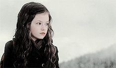 Beautiful Renesmee Jacob And Renesmee, Twilight Renesmee, Twilight Edward, Twilight Cast, Twilight Breaking Dawn, Breaking Dawn Part 2, Twilight Movie, Mackenzie Foy, Wattpad