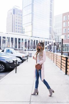 Perfect Blush Open Cardigan & Knotted Tee | Hollie Elizabeth | A Lifestyle, Fashion & Beauty Blog by Hollie Woodward