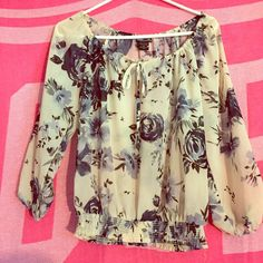To cute to pass up! I never wear this cute shirt anymore! Wet Seal Tops Tees - Short Sleeve