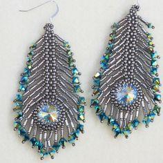 beautiful peacock feather earrings  #beadwork