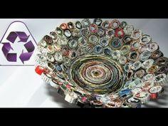 Reciclaje. Cesta hecha con revistas. Basket made with magazines. paper flower