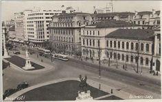 Universitatea văzută de sus.  Observați amenajarea zonei din jurul statuilor. Carte poștală folosită în 1937.  sursa: delcampe.net.