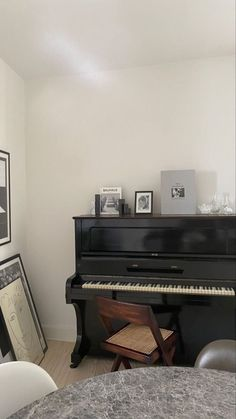 Interior Inspiration, Room Inspiration, Design Inspiration, Daily Inspiration, Future House, Home Decor Furniture, New Room, My Dream Home, Interior And Exterior