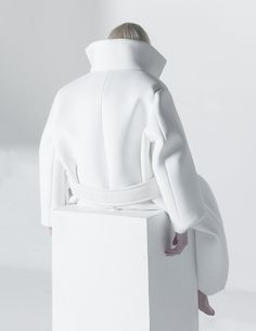 Graduation Collection Melitta Baumeister | Fashion + Photography | Photo: Paul Jung |