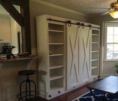 Шкаф с амбарными дверьми фото.