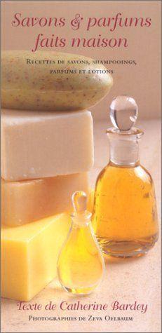 Fabriquer ses savons maison Contrairement aux autres cosmétiques, fabriquer ses propres savons demande un certain équipement et un rigoureux respect des différentes étapes comme des recettes. La difficulté est liée à l'utilisation de soude caustique,...