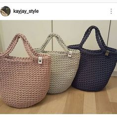 #crochet #croche #handmade #cesto #fiodemalha #feitocomamor #feitoamao #trapilho #totora #knit #knitting #bolsadecroche #crochetbag #bag #bolsaartesanal Por @kayjay_style