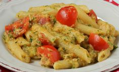 Tuna Pasta / Zucchini and Cherry Tomatoes WW - Dish and Recipe - Pasta with Tuna / Zucchini and Cherry Tomatoes WW - Lunch Recipes, Pasta Recipes, Soup Recipes, Healthy Recipes, Recipe Pasta, Healthy Foods, Health Lunches For Work, Lunch Meal Prep, Quick Meals