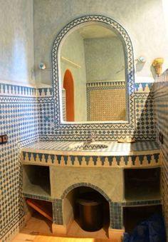 Faience zellige salle de bain maroc d coration orientale for Decoration jebes